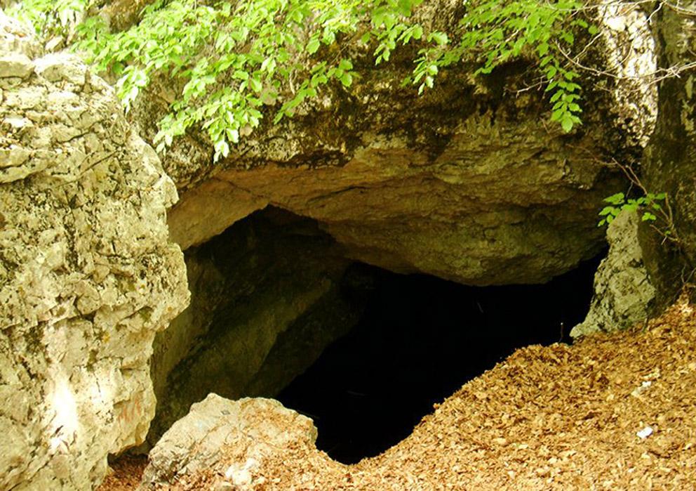 Холодная пещера (пещера Суук-Коба). Спелеотуризм в Крыму