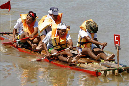 Ежегодная международная гонка на Амазонке, Перу