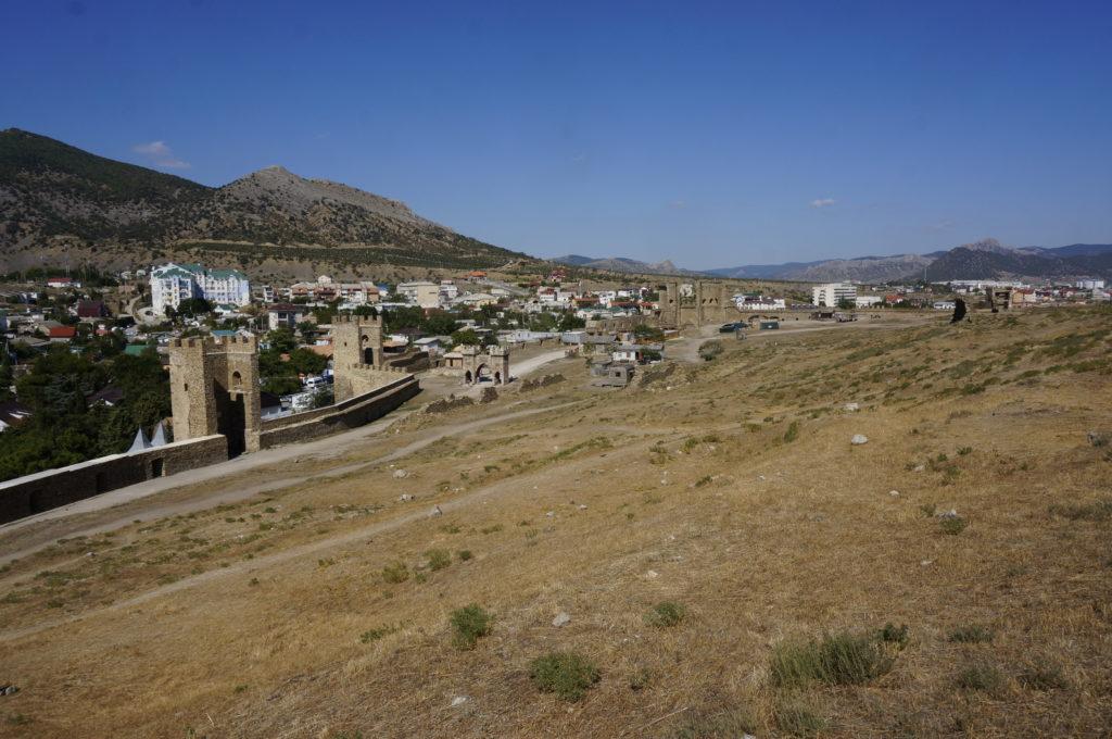 Судакская крепость. Расположение