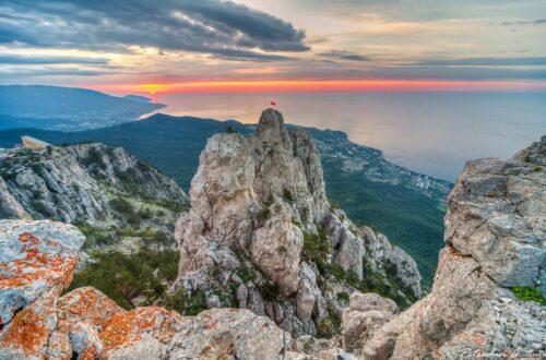 заставка Крымские горы